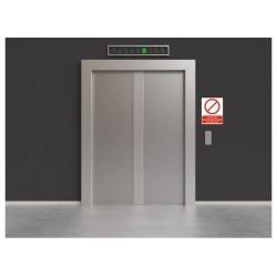 Panneau accès aux ascenseurs interdit aux employés