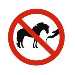 Panneau défense de nourrir les chevaux