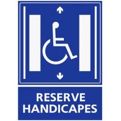 Panneau ascenseur réservé aux handicapés