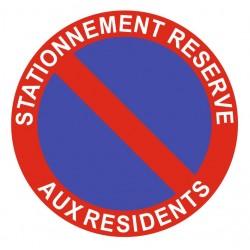 Panneau stationnement réservé aux résidents